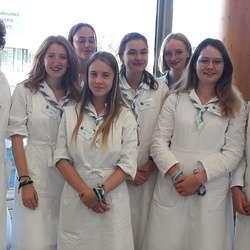 Lycéens, hospitaliers à Lourdes, auprès des malades