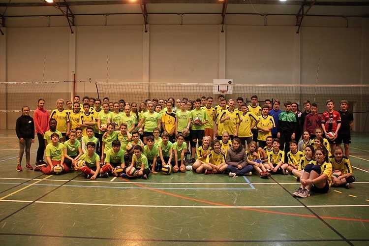 AS VOLLEY COLLEGE 0