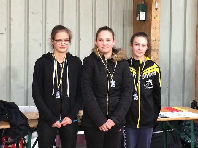 Championnat départemental de badminton Benjamins/minimes img1480