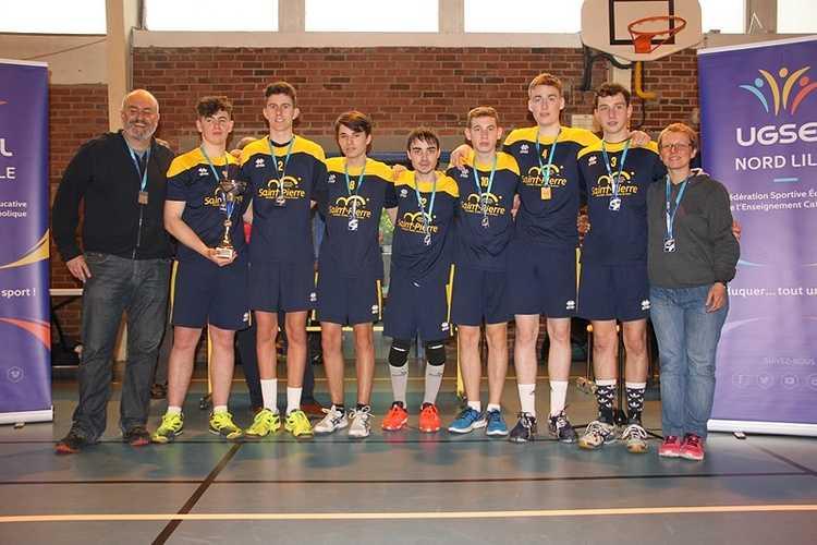 Les juniors garçons, vice-champions de France UGSEL! 0