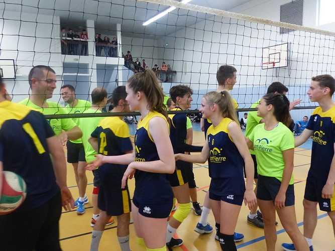Match de volley professeurs-élèves 0