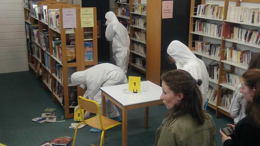 Les lycéens mènent l'enquête photo3