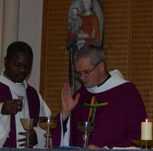 Messe de l'Avent pour les lycéens p1100658-copie