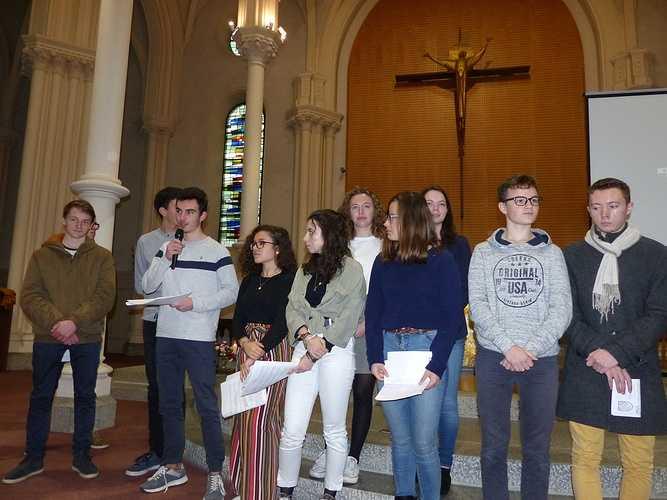 Messe de l'Avent pour les lycéens p1100667