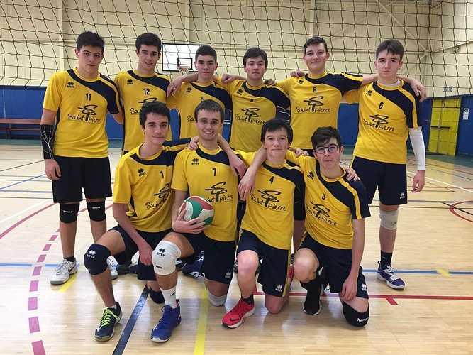 AS sports collectifs: des podiums au lycée! volleycg