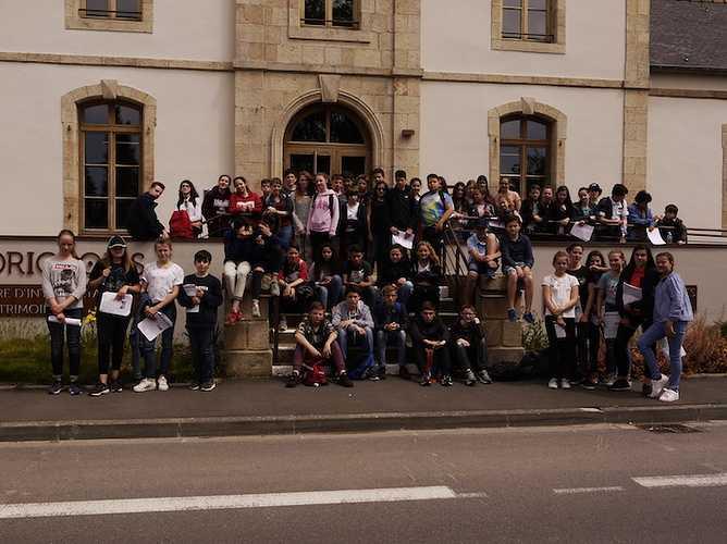 Sortie des élèves latinistes du Groupe Scolaire Armor à Corseul 0