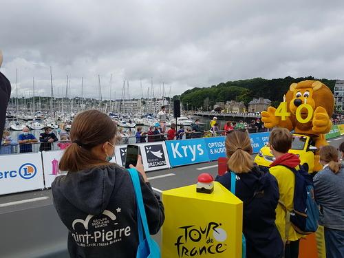 Cayenne LACOUR V.I.P au Tour de France